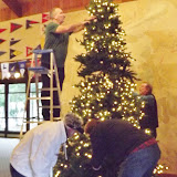 2017 Clubhouse Christmas Decorating - 018.JPG