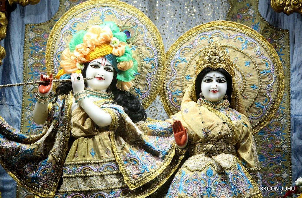 ISKCON Juhu Mangal Deity Darshan on 24th July 2016 (18)