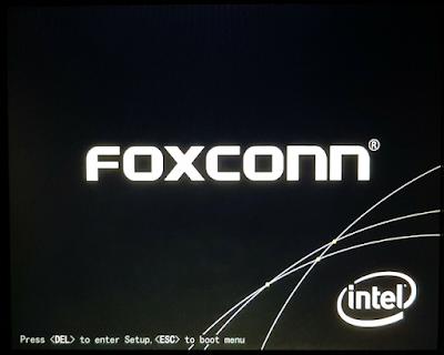 Màn hình khởi động của FOXCONN có phím truy cập Menu BOOT và BIOS