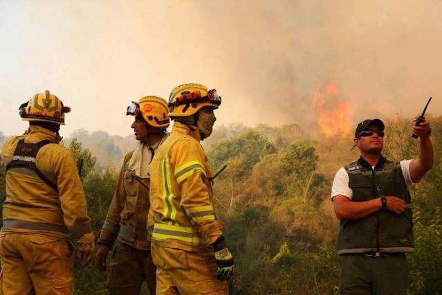 Incendios en Cordoba, evacuaron personas de la localidad Las Albahacas