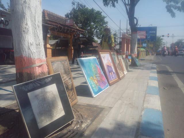 Lelang Lukisan Seni Kota Mojokerto peduli bencana