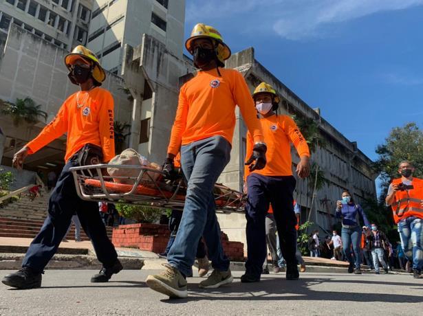 Video│ Evacuan más de 39 mil personas durante simulacro de terremoto en Santiago de los Caballeros