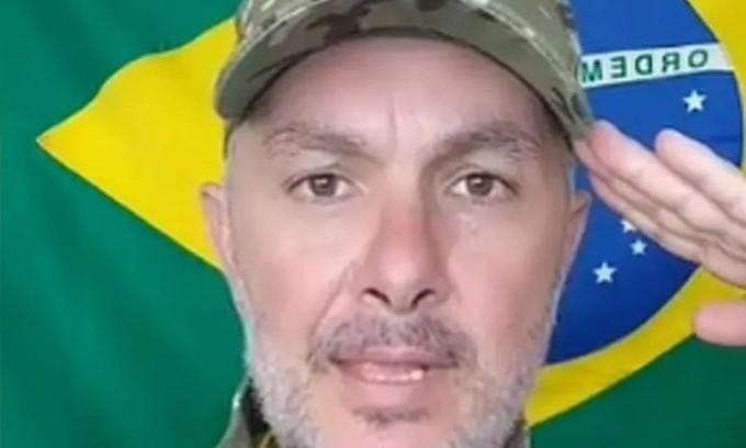 Moraes manda para prisão domiciliar professor acusado de divulgar ameaça ao ministro