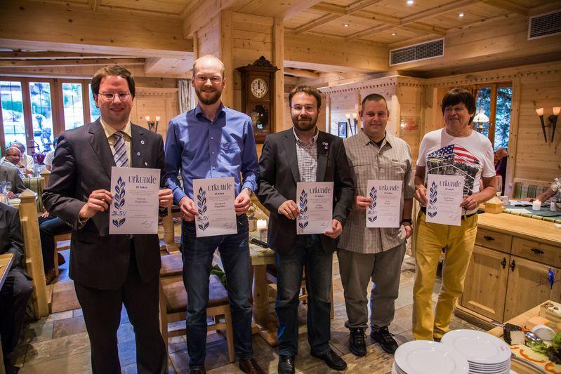 """""""70 Jahre TTC Straubing"""": Ehrung für 25 Jahre Mitgliedschaft im Bayerischen Landessportverband BLSV"""