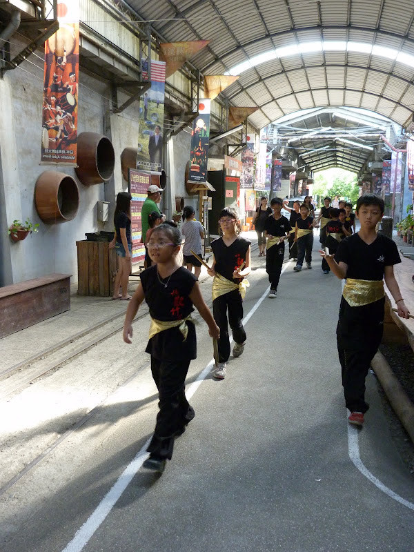 Tainan ,Groupe Ten drum . J 6 - P1210292.JPG