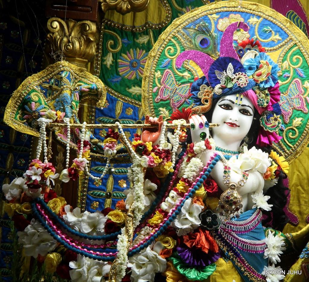 ISKCON Juhu Sringar Deity Darshan on 26th June 2016 (8)