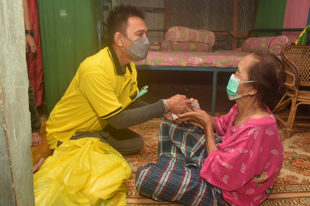 Tim Supriansa Peduli salurkan bantuan ke warga terdampak Covid-19
