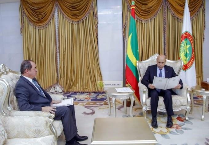 Sabri Boukadoum realiza una visita a Mauritania y se reúne con el Presidente Mohamed Ould Cheikh El-Ghazouani