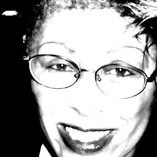Cassandra Reid Photo 22