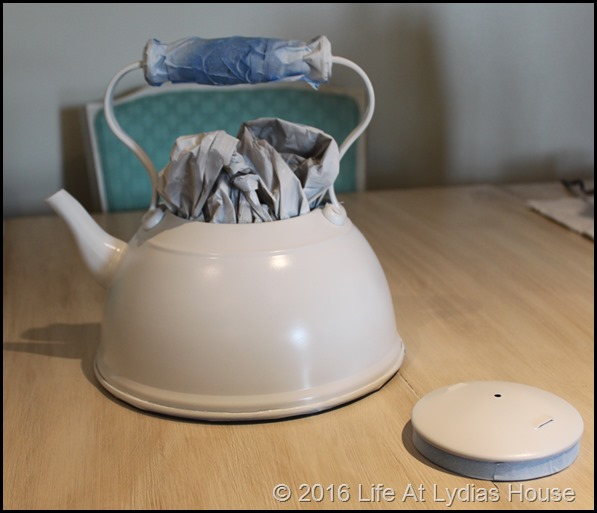 teapot with base coat