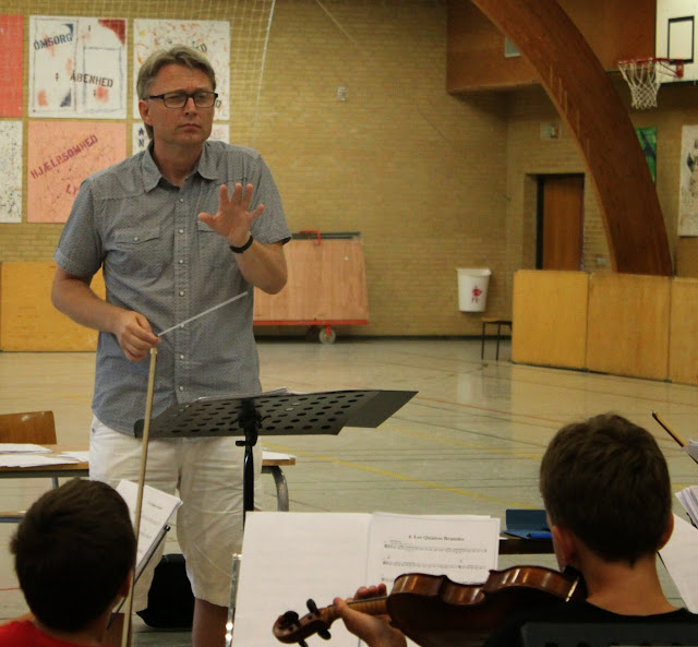 NUS på Toppen 2014 - dirigent.jpg
