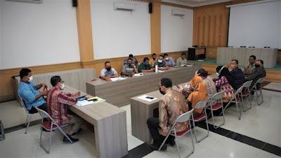 Pejabat Struktural Diskominfotik Kembali Ikuti Rapat Evaluasi Kinerja