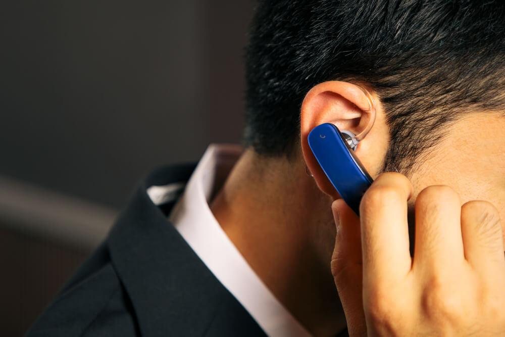 Cara Mematikan Headset Bluetooth