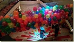 IMG_20171231_Grand Lobby Balloons 1