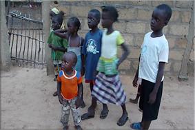 Niños del poblado - Faoye
