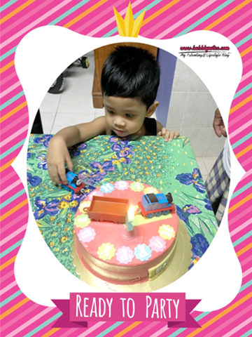 CUSTOMIZED THOMAS & FRIENDS CAKE BY VD.LICIOUS! 5