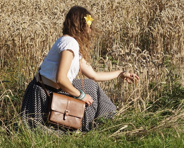 Country Attire review. What to wear in the countryside. Perfect Joules satchel