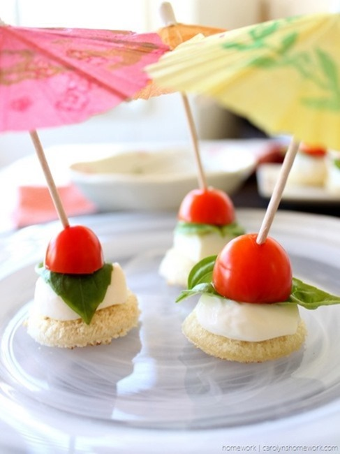 Tomato Basil Mozzarella Crostini Skewers via homework (5)[3]