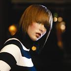 simples-medium-hairstyle-060.jpg