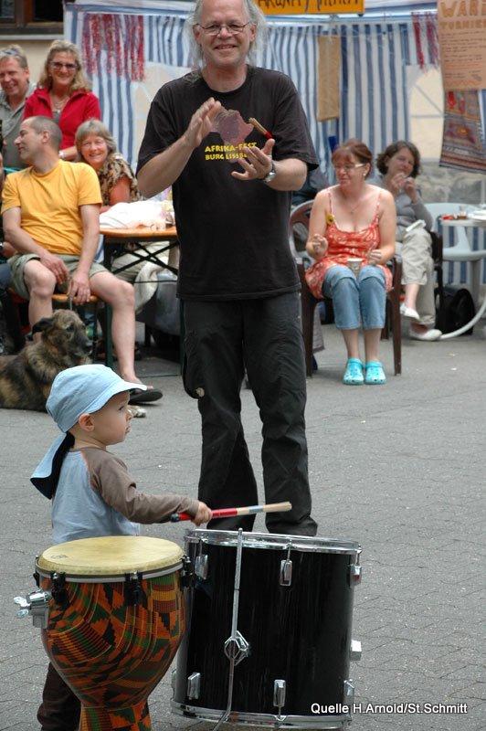 Fest 2009 - Trommelworkshop4.jpg