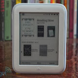 galeri gambar Barnes & Noble Nook GlowLight @ Lampung Bridge