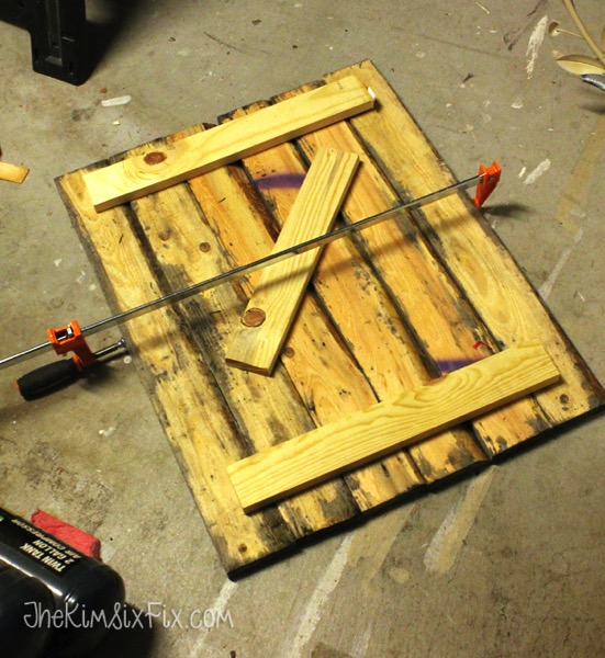 Assembling barn wood sign