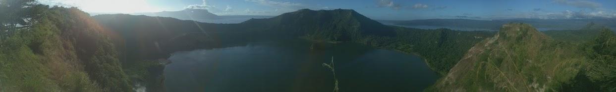Tur til London og Filippinene: Utsikt fra toppen av Taal-vulkanen.