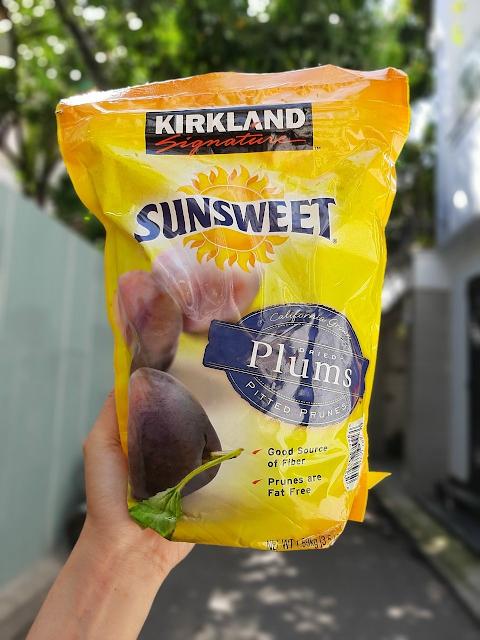 Quả mận sấy khô Kirkland Signature Sunsweet Plums