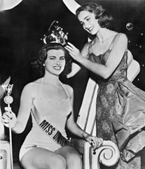 Miss Univers 1953 Christiane Martel