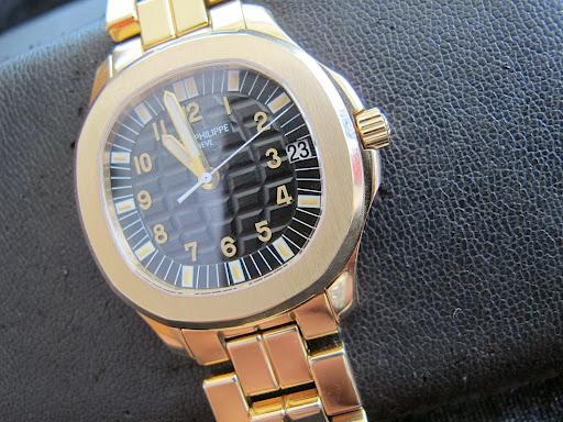 Bán đồng hồ Patek philippe – dòng Aquanaut – Dây vàng 18k – automatic – size 38,2mm