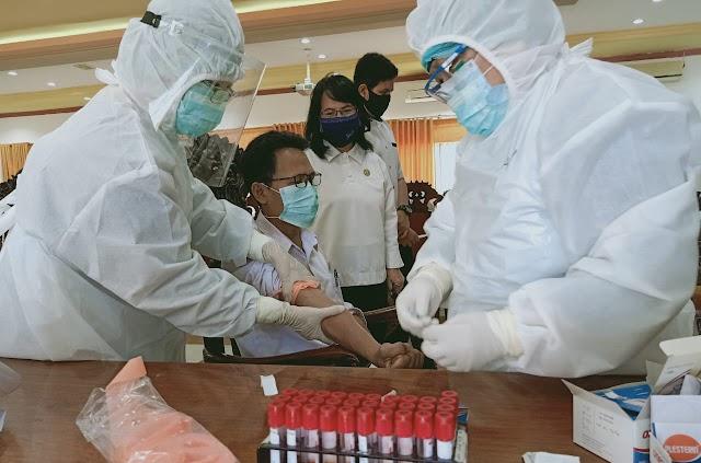 Anggota dan Pegawai DPRD Kapuas Jalani Rapid Test