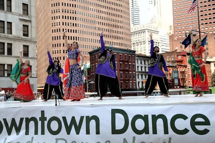 MAYURI DANCE GROUP - Page 2 Mayuri%2520Dance%2520Co%252034