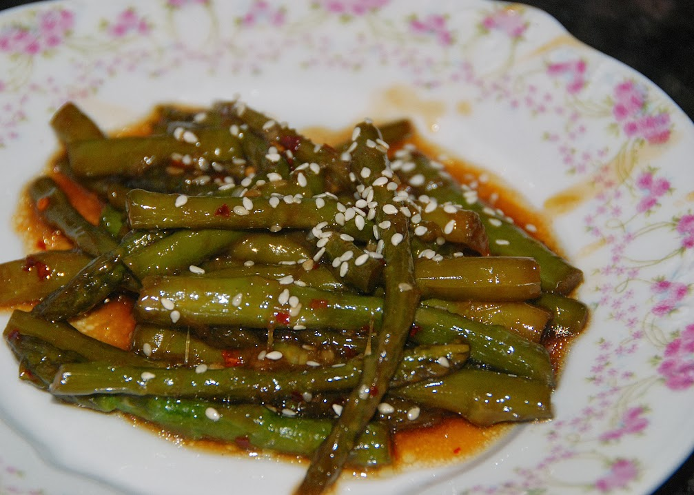 Sauteed Sweet and Spicy Szechuan Asparagus