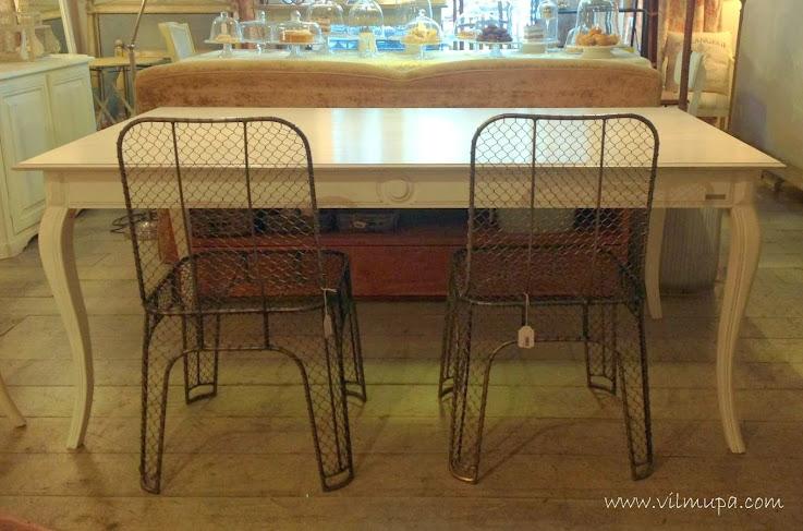 Una mesa de comedor sencilla elegante y con encanto for Mesa porche
