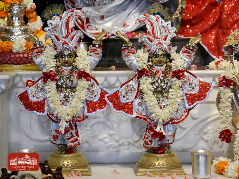 ISKCON Hare krishna mandir Ahmedabad 13 Dec 2016 (12)