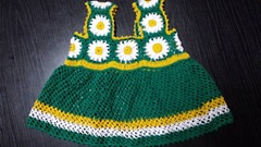 green granny square baby dress 05