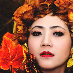 by Hendrianto YAP 叶 长 財 - Novices Only Portraits & People