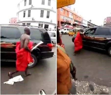 Cutlass-wielding angry husband attacks man on the streets of Kumasi for allegedly sleeping with his wife (Sence video)