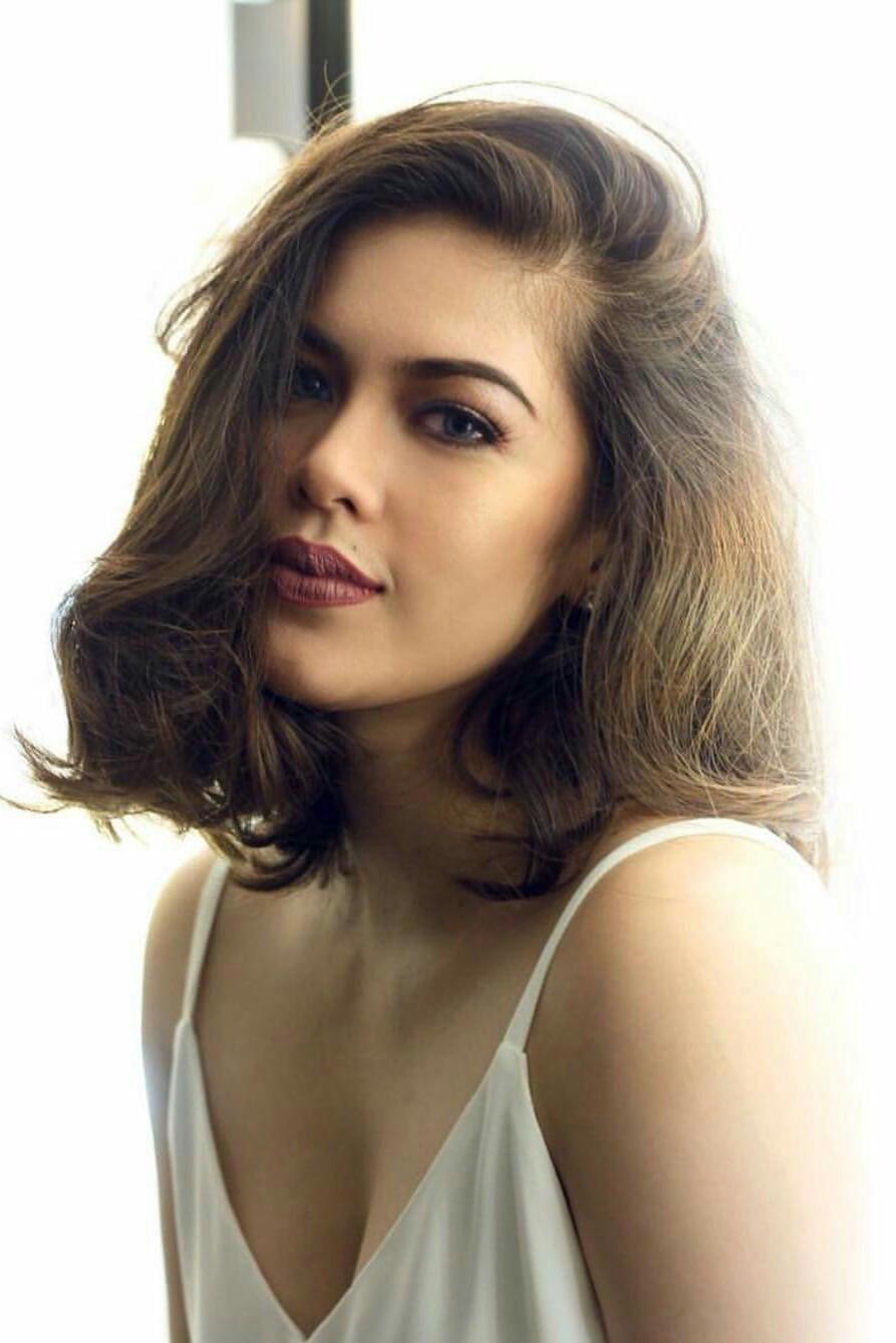 Shaina Magdayao - Pretty and Sexy Pinay Artist   Pinays