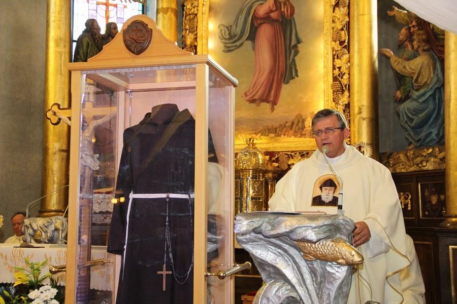 Z relikwiami św. O.Pio w Istebnej - IMG_3461.JPG