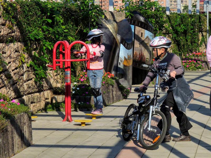 TAIWAN : Xizhi .Découverte du quartier - P1060524.JPG