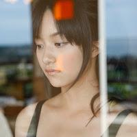 [BOMB.tv] 2010.04 Miyake Hitomi 三宅瞳 hm031.jpg
