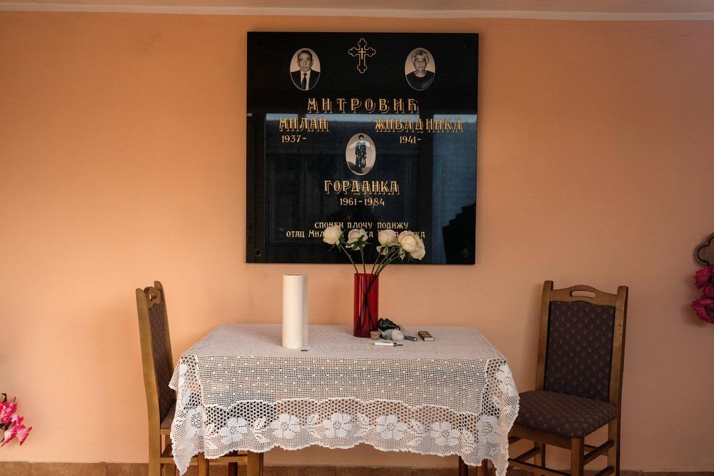 serbia-bungalow-cemeteries-2