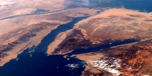 Subhanallah! Gambar Bukti Bahawa Nabi Musa Pernah Membelah Laut 13.JPG