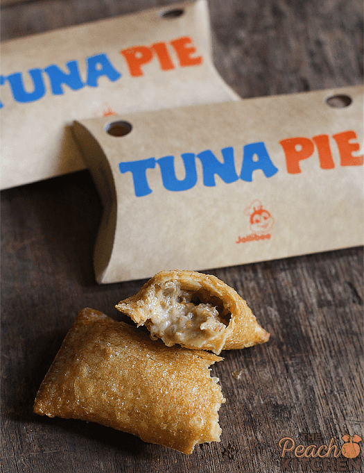 Tuna Pie Trio: Jollibee Tuna Pie is Back!