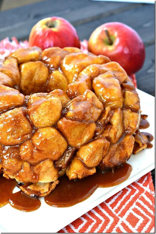 Caramel-Apple-Monkey-Bread