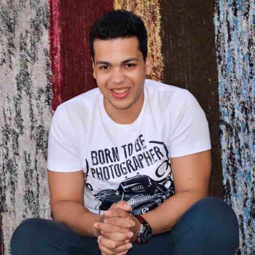 Mustafa Mohamed Photo 29