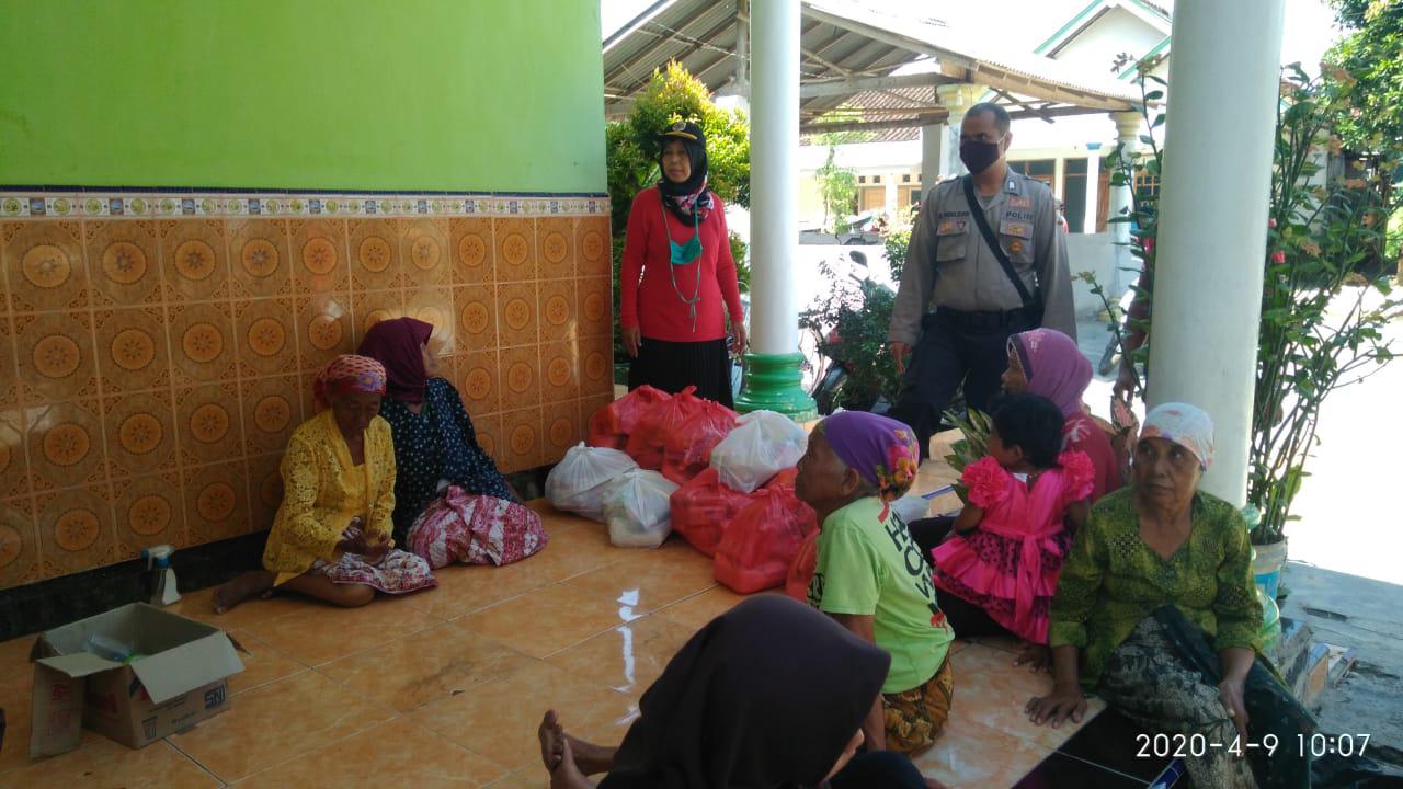 KKM Jambearum Terima 150 Paket Sembako