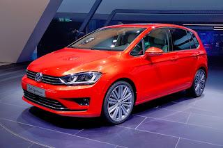 2014-VW-Golf-Sportvan-3