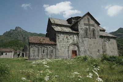 Das Kloster Akhata